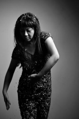 顏鳳曦 Dominique Feng-Hsi Yen